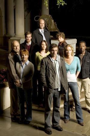 Skeet Ulrich, Lennie James, Gerald McRaney, Ashley Scott, and Kenneth Mitchell in Jericho (2006)