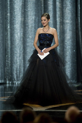 Presenting the Academy Award® for Best Performance by an Actress in a Leading Role is Marion Cotillard at the 81st Annual Academy Awards® at the Kodak Theatre in Hollywood, CA Sunday, February 22, 2009 airing live on the ABC Television Network.