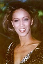 Image of Lynne Burnett
