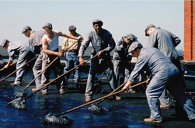 Morgan Freeman, William Sadler, Larry Brandenburg, and Brian Libby in The Shawshank Redemption (1994)