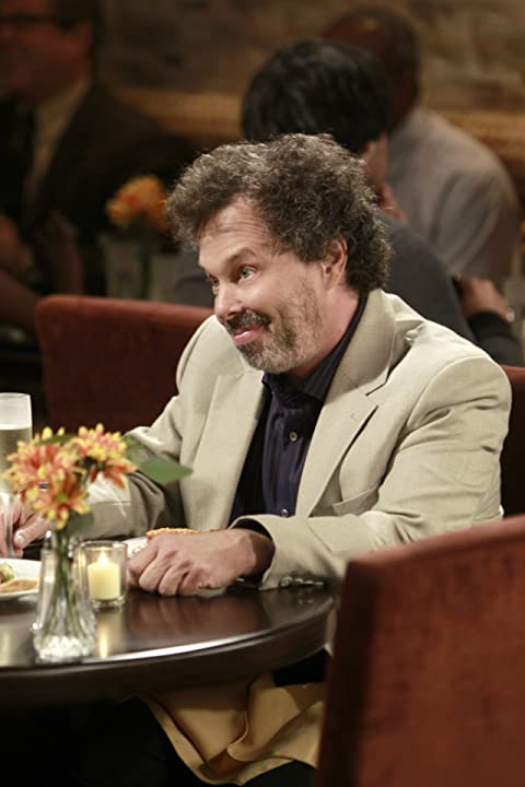 Curtis Armstrong in Rules of Engagement (2007)