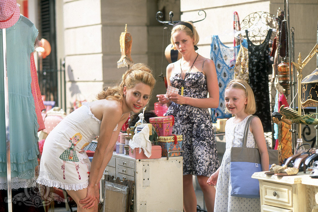 Brittany Murphy, Marley Shelton, and Dakota Fanning in Uptown Girls (2003)