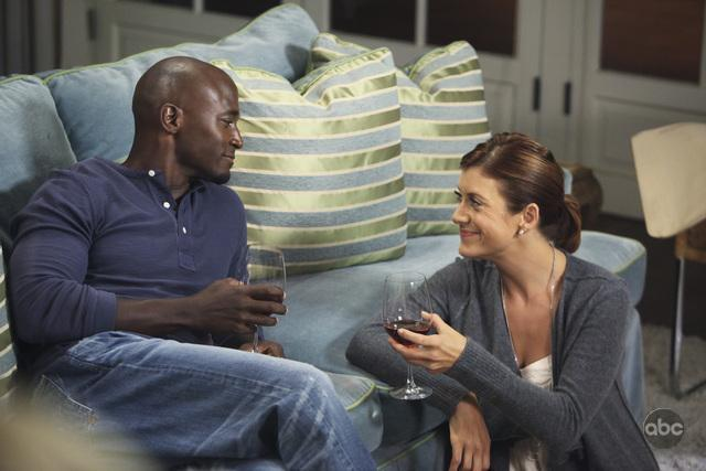 Taye Diggs and Kate Walsh in Private Practice (2007)