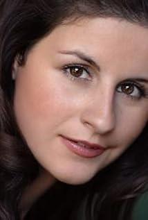 Victoria Hanlin Picture
