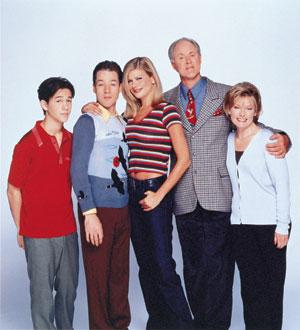 John Lithgow, Jane Curtin, Kristen Johnston, Joseph Gordon-Levitt, and French Stewart in 3rd Rock from the Sun (1996)