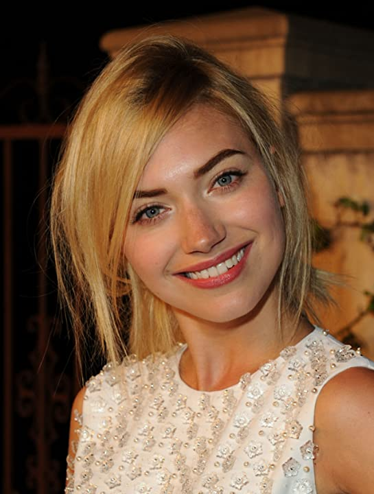 Imogen Poots at an event for Muta (2011)