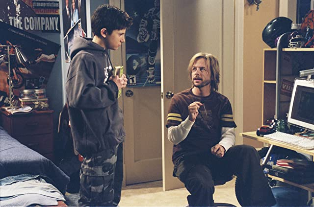 David Spade and Martin Spanjers in 8 Simple Rules (2002)