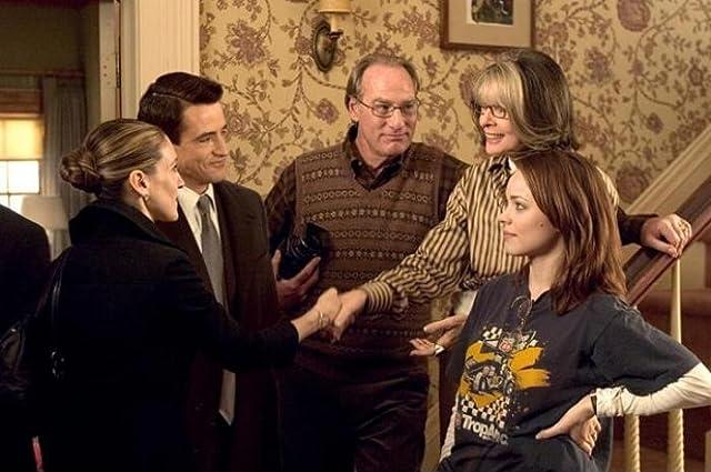 Diane Keaton, Dermot Mulroney, Sarah Jessica Parker, Craig T. Nelson, and Rachel McAdams in The Family Stone (2005)