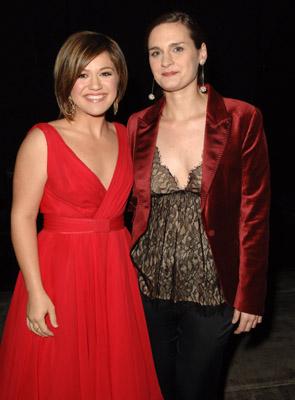 Kelly Clarkson and Madeleine Peyroux