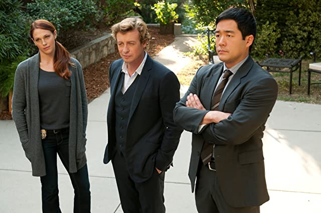 Simon Baker, Tim Kang, and Amanda Righetti in The Mentalist (2008)