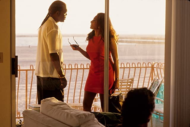 Samuel L. Jackson and Pam Grier in Jackie Brown (1997)