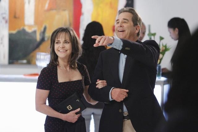 Sally Field and Beau Bridges in Brothers & Sisters (2006)