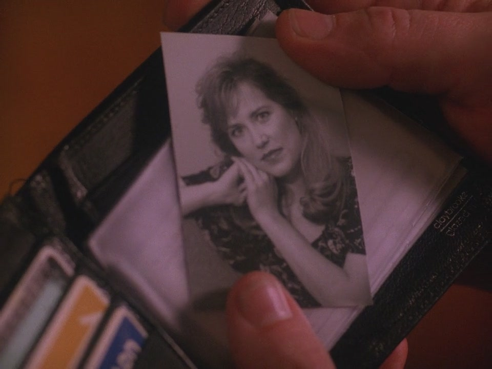 Twin Peaks S02E19 – Variations and Relations