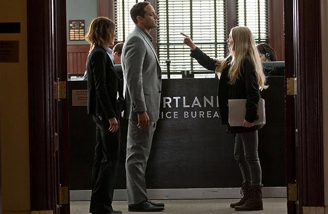 Katherine Moennig, Daniel Sunjata, and Amanda Seyfried in Gone (2012)