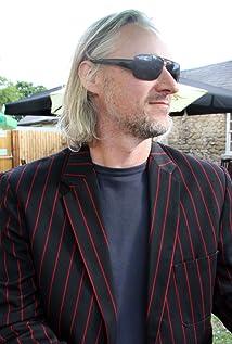 Geoff Bennett Picture
