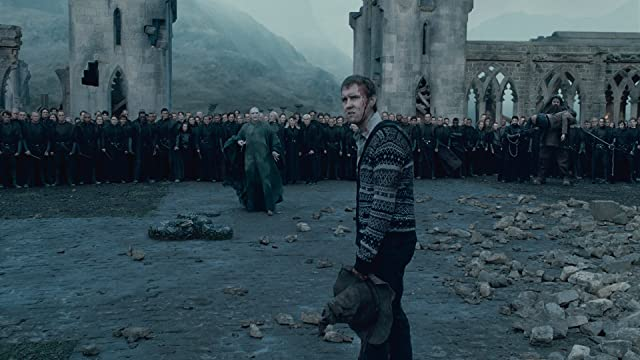 Ralph Fiennes and Matthew Lewis in Harry Potter and the Deathly Hallows: Part 2 (2011)