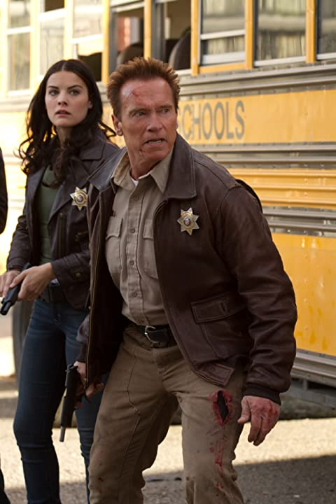 Arnold Schwarzenegger and Jaimie Alexander in The Last Stand (2013)