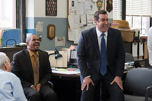 Damon Wayans Jr. and Rob Riggle in The Other Guys (2010)