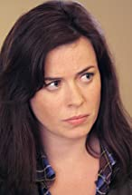 Eve Myles's primary photo