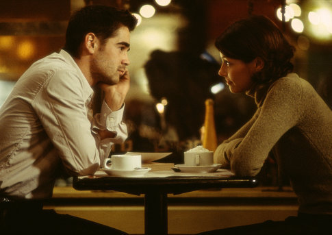 Bridget Moynahan and Colin Farrell in The Recruit (2003)
