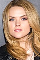 Image of Erin Richards