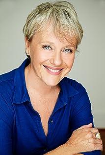 Elizabeth Alexander Picture