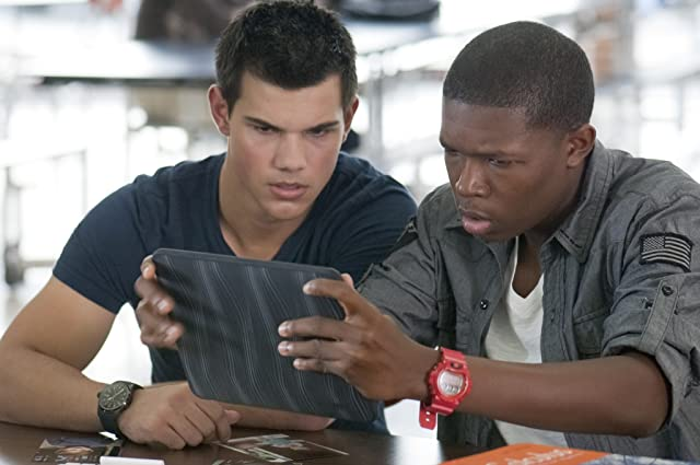 Denzel Whitaker and Taylor Lautner in Abduction (2011)