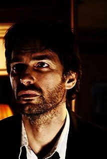 Aktori Daniele Ferrari