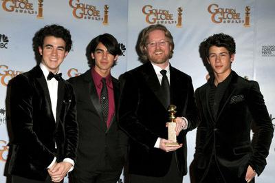 Andrew Stanton, The Jonas Brothers, Kevin Jonas, Joe Jonas and Nick Jonas at event of The 66th Annual Golden Globe Awards