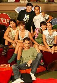 Cu un pas inainte Poster - TV Show Forum, Cast, Reviews