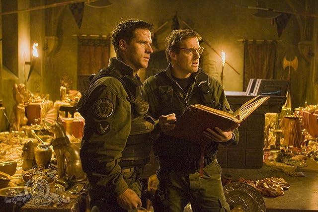 Ben Browder and Michael Shanks in Stargate SG-1 (1997)