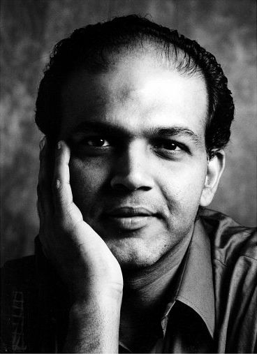 Ashutosh Gowariker in Lagaan: Once Upon a Time in India (2001)
