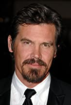Josh Brolin's primary photo