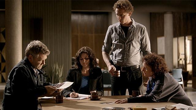 Kenneth Branagh, Sadie Shimmin, Sarah Smart, and Tom Hiddleston in Wallander (2008)