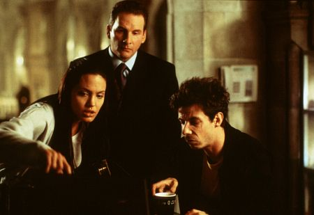 Angelina Jolie, Chris Barrie, and Noah Taylor in Lara Croft: Tomb Raider (2001)