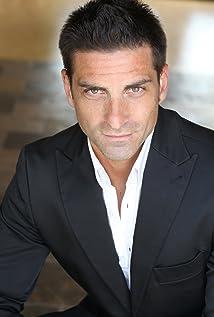 Aktori Alessandro Cuomo