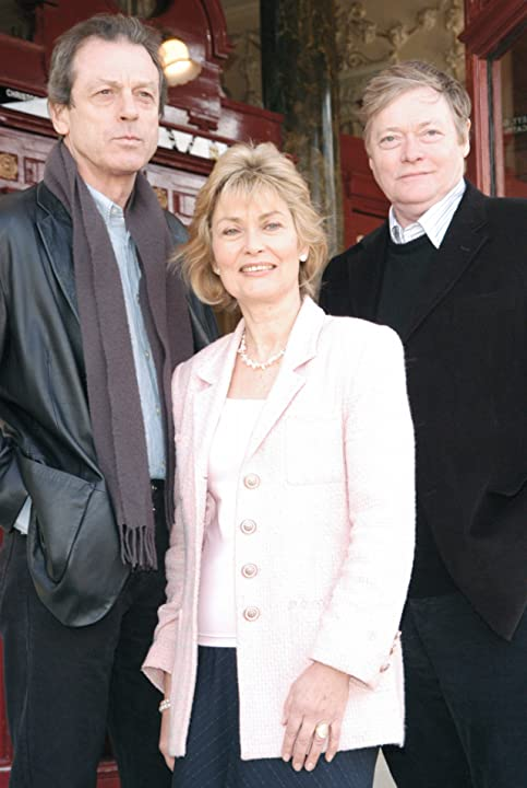 Alexandra Bastedo, Leslie Grantham, and Simon Ward