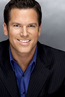 Thomas Roberts Picture