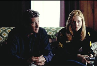 Richard Gere and Laura Linney in The Mothman Prophecies (2002)
