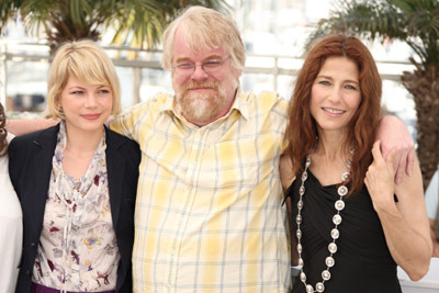 Philip Seymour Hoffman, Catherine Keener, and Michelle Williams at Synecdoche, New York (2008)