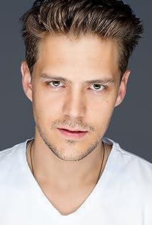 Milos Bikovic Picture
