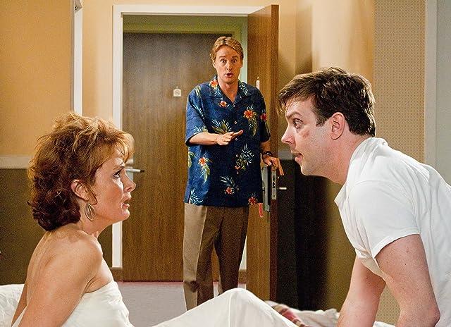 Owen Wilson, Kristin Carey, and Jason Sudeikis in Hall Pass (2011)