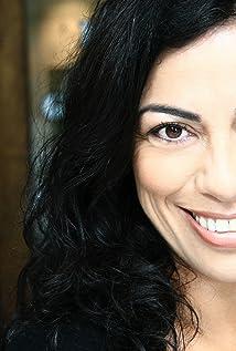 Carmen Aguirre Picture