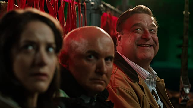 John Goodman and Matt Malloy in Alpha House (2013)