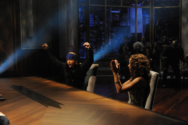 Holly Robinson Peete and Bret Michaels in The Apprentice (2004)