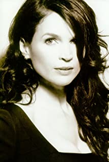 Julia Ormond Picture