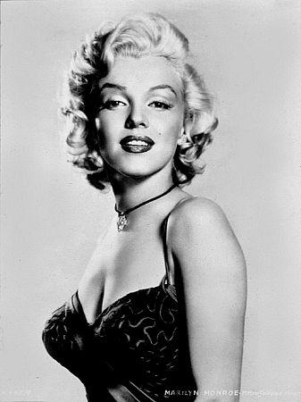 1952 Photo by Frank Powolny