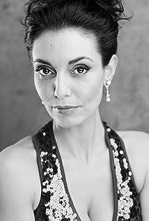 Aktori Cristina Serafini