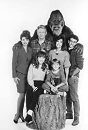 Harry and the Hendersons Poster - TV Show Forum, Cast, Reviews