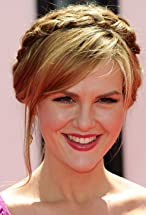 Sara Rue's primary photo